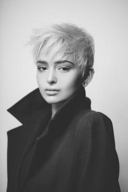 Foto: Joris Haas • Model: Justine @ Brodybookings Model Agency • Hair & Make-Up Artist: Nadia Krist
