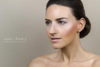 Foto: Anna Lämmle • Model: Carolin • Make-Up & Hair: Nadia Krist
