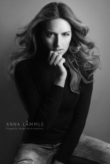 Foto: Anna Lämmle • Model: Carolin @ Brodybookings Model Agency • Hair & Make-Up Artist: Nadia Krist