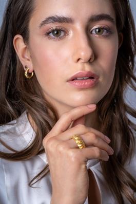 Foto: Sandra Gallian • Kunde: Waterkant Schmuck • Model: Josi Gulden • Hair & Make-Up Artist: Nadia Krist