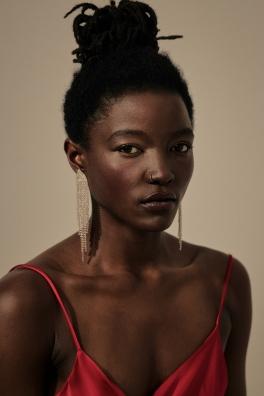 Foto: Lisa-Ann • Model: Pascale • Hair & Make-Up Artist: Nadia Krist